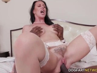 Anal Slut Stepmom Reaches Orgasm On A Big Black Cock In Front Of Her Son
