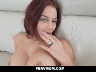 Sultry Milf Psychologist Ryder Skye Helps Patient Achieve His Goals