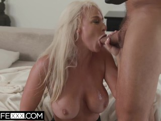 HotwifeXXX – Slutty Big Ass Hotwife Pounds Hubby's Friend Deepthroat Cum On Tits