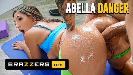 Brazzers - Fit Babe Abella Danger Gets Her Wet Pussy & Tight Ass Fucked Hard