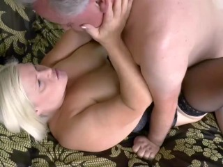 LACEYSTARR – Lacey meets up with her regular for another sexy session
