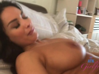 Having sex with big tit pornstar Anissa Kate, behind the scenes footage