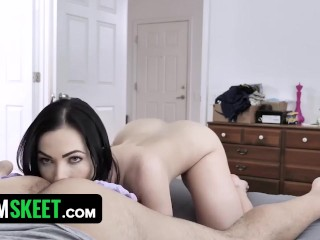 Masked Stepsister Diana Grace Takes Off Everything And Fucks Me During Lockdown