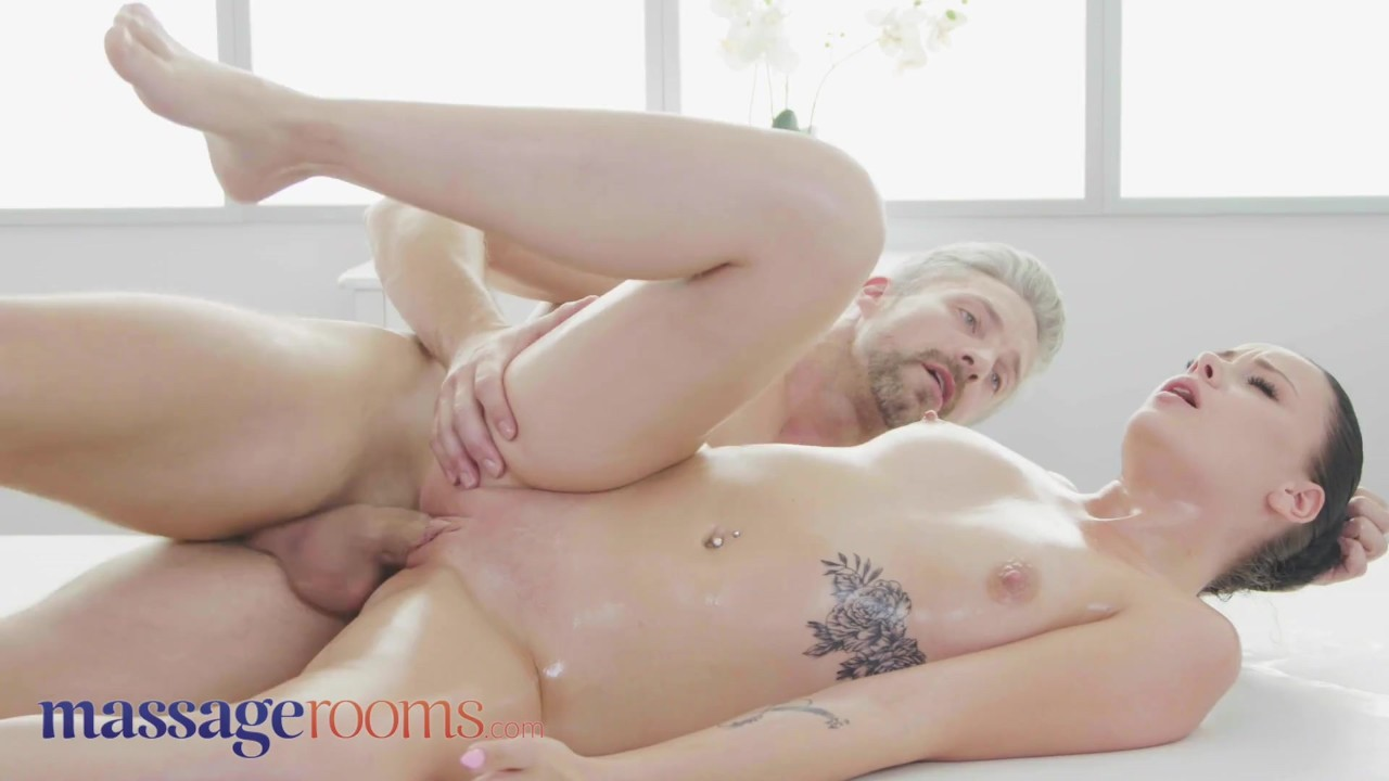 Massage Rooms 19yo Euro babe lets masseur with big cock cum inside her