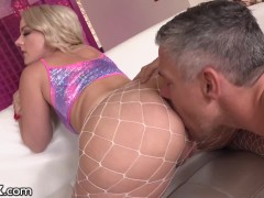 Blonde Squirts All Over The Place After Being Fucked In The Ass