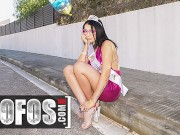 Mofos - Jordi El Nino Polla Fucks Kitty Love In The Middle Of The Road While Waiting For Her Friend